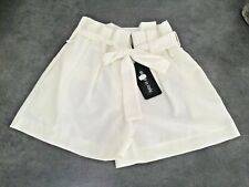 SUBLIME SHORT A PINCE FEMME TRES CHIC BLANC + CEINTURE TAILLE  XL MADE IN ITALIE