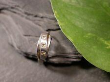 Toller 925 Silber Ohrring Einzeln Single Creole Zirkonia Modern Elegant Klein