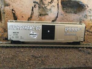 N Scale Micro trains 50' ps-1 100k boxcar MILW MILWAUKEE ROAD NIB