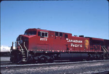 CANADIAN PACIFIC RAILROAD AC4400CW 8572 KODACHROME ORIGINAL SLIDE