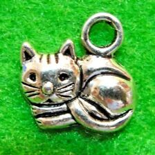 50Pcs. WHOLESALE Tibetan Silver Kitty or CAT Charms Pendants Earring Drops Q1282