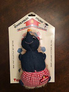 New Schoolhouse Plush Hedgehog Rope Tug Snuggle Fetch Squeaky Squeaker Dog Toy