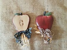 SET OF 2 SMALL COUNTRY APPLE WALL HOOK