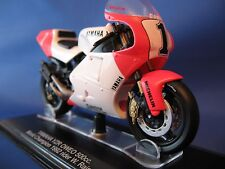 Yamaha YZR OWEO 500cc Superbike 1992 W Rainey Model Motorbike 1/22 Scale 450232