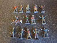 14x VINTAGE BRITAINS, ETC TOY DIE-CAST/LEAD COWBOY FIGURES