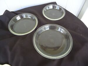 3 vintage graduated pie dishes oven  plates pyrex agee glass australia