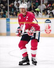 WAYNE GRETZKY In ACTION 1991 CANADA CUP 8x10 Photo EDMONTON OILERS/KINGS HOF WoW
