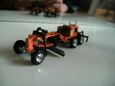 Grip Zechin Cat Caterpiller 14E Road Grader scraper in Orange on 1:70