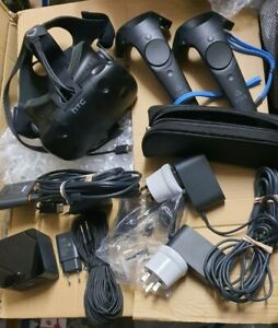 HTC Vive VR Headset Virtual Reality Full Headset 2x controller 1x base station