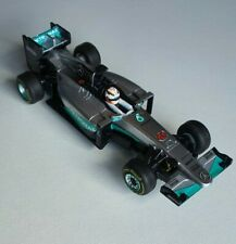 Carrera Go! 1:43 Formel1 Auto Lewis Hamilton Nr. 44 Mercedes AMG F1 Bahn Ausbau
