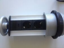 Evoline V-Port mit USB Charger versenkbar Einbausteckdose
