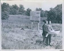 1969 Kansas City Kansas Junior College Officials View Site Education Photo 8X10