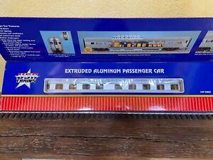 USA Trains SANTA FE Extruded Sleeper car with passengers G SCALE