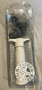 Vacu Vin Wine Saver by Crate & Barrel w/ 3 Rubber Stoppers & Vacuum puller *NEW