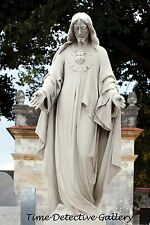 Statue of Jesus, Necropolis de Colon, Havana, Cuba - Giclee Photo Print