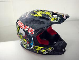 Oneal Crosshelm Motocross Helm Helmet schwarz Motiv World Tour 5 Series XS