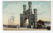THE ROYAL ARCH, DUNDEE: Angus postcard (C15571)