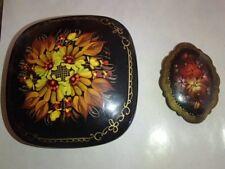 Russian hand painted FLOWERS Black/red Enamel Metal TRINKET BOX + Pin Signed