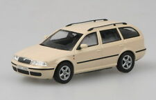 Skoda Octavia Combi Tour - Light Ivory 	 Abrex - Skoda Models   1/43 Car refZ115