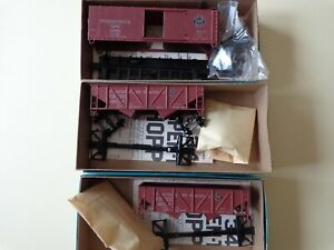Athearn HO scale freight car kits, lot of 3 unmade, Southern Pacific