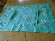 More details for pair of vintage hand embroidered  irish linen table mats - daisies