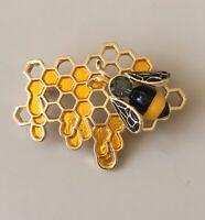 Adorable Bee on honey comb brooch Pin enamel gold tone Metal