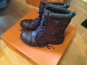 Lovely Ladies/girls S3 Brown Rocket Dog Thunder Boots New Shop Clearance RRP £76