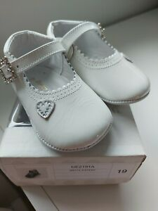 Pretty Originals White Patent Baby Shoes Size 19