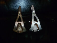 VINTAGE 1940-50,S RARE STRATOS CYCLE TOE CLIPS.ODD PAIR.STEEL/ALLOY.