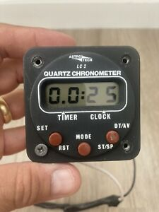 VINTAGE 82 PIPER PA42 ASTRO TECH LC-2 AIRCRAFT CHRONOMETER INSTRUMENT GAUGE