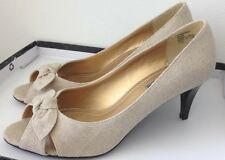American Living  Consuelo Open-toed Heels Sz 8.5 M  Beige Fabric Bow NEW NEW