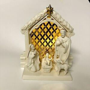 Lenox Illuminations Nativity Porcelain Scene Christmas Light Up