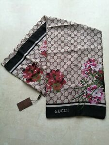 gucci floral silk scarf. Never worn, like new.
