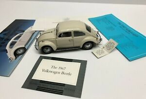 Franklin Mint Precision Models ** 1967 Volkswagen Beetle 1:24 scale with COA