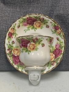 Night light- CUP & SAUCER- Floral pattern Country Rose Royal Albert Bone China