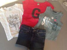 lot 4 ans: 3 t-shirts Lili Gaufrette Domyos et TAO  et 1 short OKAIDI
