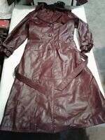 Vintage Etienne Aigner Size 6 Leather Burgundy Trench Coat (H100)