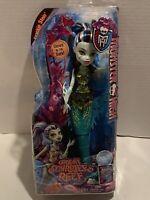 Monster High Great Scarrier Reef Glow In The Dark Frankie Stein Doll 2015 Mattel
