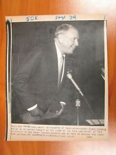 Vintage Wire AP Press Photo Singer Frank Sinatra Yale Law Libby Zion Lecture #2