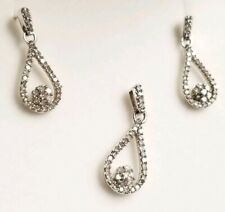 $799 Zales 10k White Gold Flower Teardrop Diamond Earrings Pendant Bridal Set