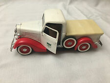 1936 Ford truck Oliver tractor V 8 solido Made in France sales and service 1/19