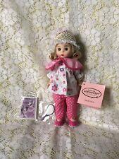 Madame Alexander Beauty Parlour 69960 No Box.