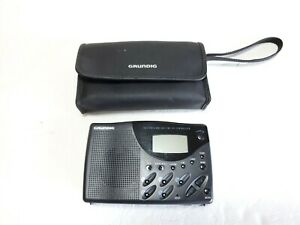 Grundig TR II Digital AM FM SW1 SW2 Synthesized Radio With Case