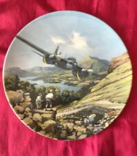 Royal Doulton 'Heroes of the Sky' RAF plate.'MOSQUITO OVER THE LAKES COA