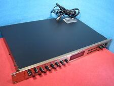 Excellent Roland GP-100 GP 100 Guitar Pre amp / Processor Good Condition USED