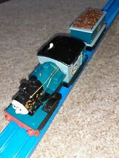 Tomy trackmaster Thomas & friends train MOTORISED FERDINAND & TENDER