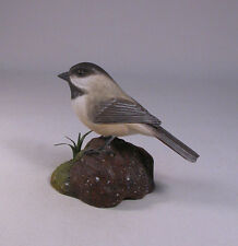 Original Carved Bird Black-capped Chickadee/Birdhug