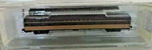 """Micro Trains 552 00 020 Z Gauge """" Illinois Central """" Passenger Coach Car Boxed"""