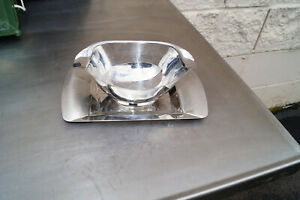 Tramontina Gravy Boat Attached Drip Plate Stainless Steel MID CENTURY GRAVY BOAT
