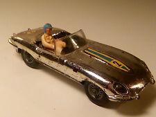 JAGUAR E-TYPE SILBER CHROM MIT FIGUR 1:43 CORGI TOYS #312 GT. BRITAIN 1964-1968